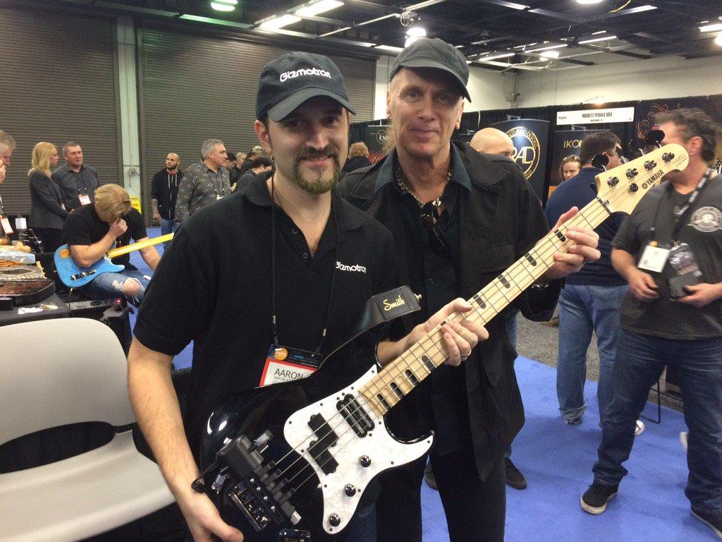 {#/pub/images/billy_sheehan.jpg}